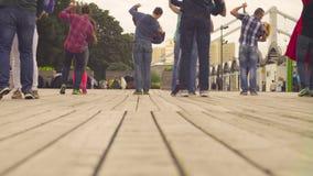 Taniec w Moskwa Ludzie tanczy na kwadracie zdjęcie wideo