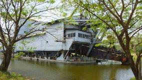 Tanjung Tualang porzucał srebną kopalnictwo bagrownicę podczas Brytyjskiego kolonisty obraz stock