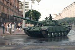Tank op de parade in Minsk, Wit-Rusland Royalty-vrije Stock Foto's