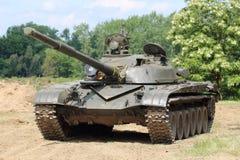 Tank op het slagveld Stock Afbeelding