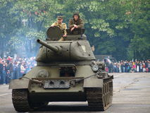 Tank T34 with crew Royalty Free Stock Images