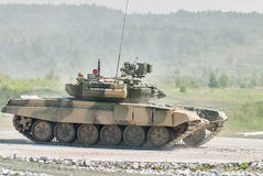 Tank T-80s in motion Royalty Free Stock Photography