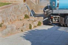 Tankbil för ren dricksvattentillförsel Royaltyfri Foto