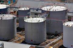 Tankendes Depot von oben Stockfoto