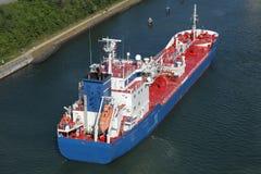 Tanker auf Kiel-Kanal Lizenzfreie Stockfotos
