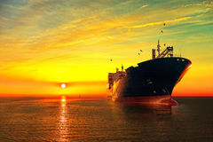 Tanker auf Meer lizenzfreie stockfotografie