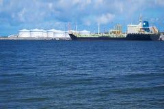 Tanker im Kanal lizenzfreies stockbild