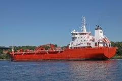 Tanker mit Kran Stockfotografie