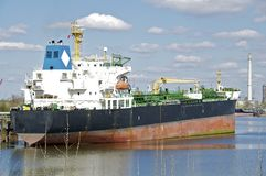 A Tanker in the port of Hamburg Stock Photos
