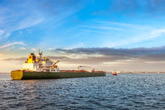 Tanker and tug Royalty Free Stock Photos