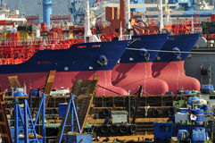 Tankers in scheepswerf Stock Foto's