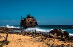 Tankerschipbreuk stock afbeelding
