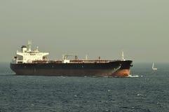 tankfartyg för bärareråoljaship Arkivbilder