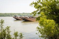 Tankfartyg på Danubet River Royaltyfri Foto