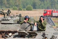 Tankmen nel serbatoio Fotografia Stock