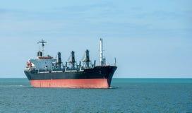 Tankowiec przy morzem Obrazy Stock
