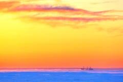 Tankowiec w lodowiskach obrazy royalty free