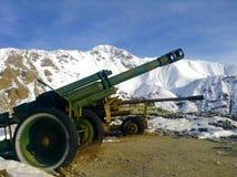 Tanks door het leger van de USSR tijdens invasie van Afghanistan worden gebruikt dat stock foto's