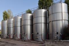 Tanks met wijn Stock Foto