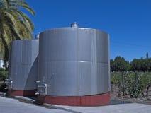 Tanks van de wijn de metaalgisting chili Stock Foto