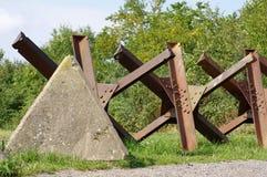 Tanksbarrières bij het grenzendetail Stock Afbeelding