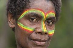 Tanna, la República de Vanuatu, el 12 de julio de 2014, retrato de un indi imagenes de archivo