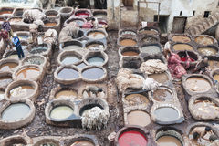 Tanneries av Fes, Marocco Arkivfoton