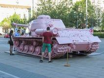 Tanque cor-de-rosa em Brno imagens de stock