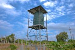 Tanque de água agrícola em Tailândia fotografia de stock