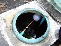 tanque de água subterrânea foto de stock