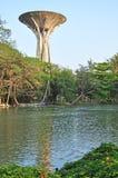 Tanque de água velho na universidade de Silpakorn Fotos de Stock