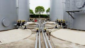 Tanque de armazenamento do óleo Fotos de Stock Royalty Free