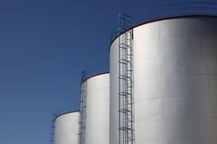 Tanque de armazenamento do combustível Fotografia de Stock Royalty Free