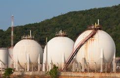 Tanque de armazenamento do gás natural na forma da esfera Imagem de Stock