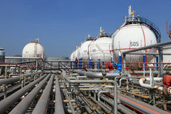 Tanque de armazenamento petroquímica do gás Fotografia de Stock Royalty Free