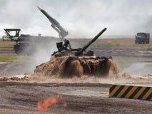 Tanque de guerra do russo imagem de stock
