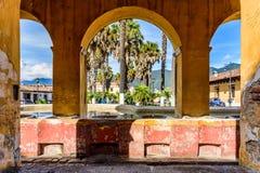 Tanque de la Union et parc, Antigua, Guatemala Photo libre de droits