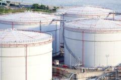 Tanques de óleo bruto Imagens de Stock