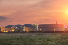 Tanques de armazenamento do gás natural Imagem de Stock