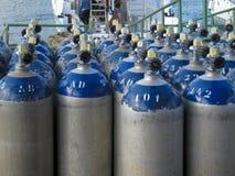 Tanques de armazenamento do oxigênio do mergulhador Fotografia de Stock Royalty Free