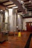 Tanques de armazenamento do vinho Fotografia de Stock