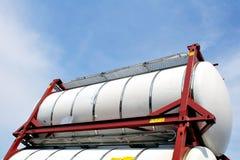 Tanques de armazenamento portáteis do petróleo e do produto químico Fotos de Stock