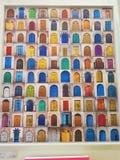 Tant de portes seulement que vous choisissez dans votre vie photographie stock libre de droits
