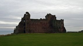 Tantallon castle a 14th century fortress in Scotland. Tantallon castle was built in the mid 14th century by William Douglas 1st Earl of Douglas . It was in use Stock Photo