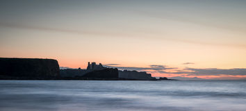 Tantallon en Bass Rock Panorama royalty-vrije stock foto