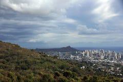 Tantalus, Diamondhead i miasto Honolulu na Oahu na ładnym, Zdjęcia Stock