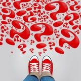 Tante domande su giovane Person Path Immagine Stock