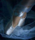 Tanz im Blau Stockbild