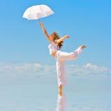 Tanz im Himmel lizenzfreie stockbilder