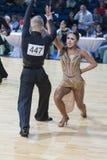 Tanz-Paare von Susnin Iwan und von Protsevskaia Olga Performs Adults Latin-American Program Lizenzfreies Stockbild